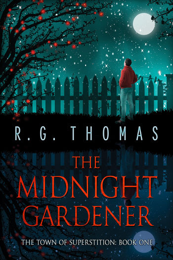 Book Review: The Midnight Gardener (The Town of Superstition Book 1) by R. G. Thomas | reading, books, book reviews, paranormal/urban fantasy, lgbt+, young adult, gnomes